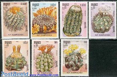 Cactus flowers 7v